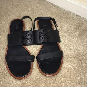 Tory Burch black sandals sz 9, great condition